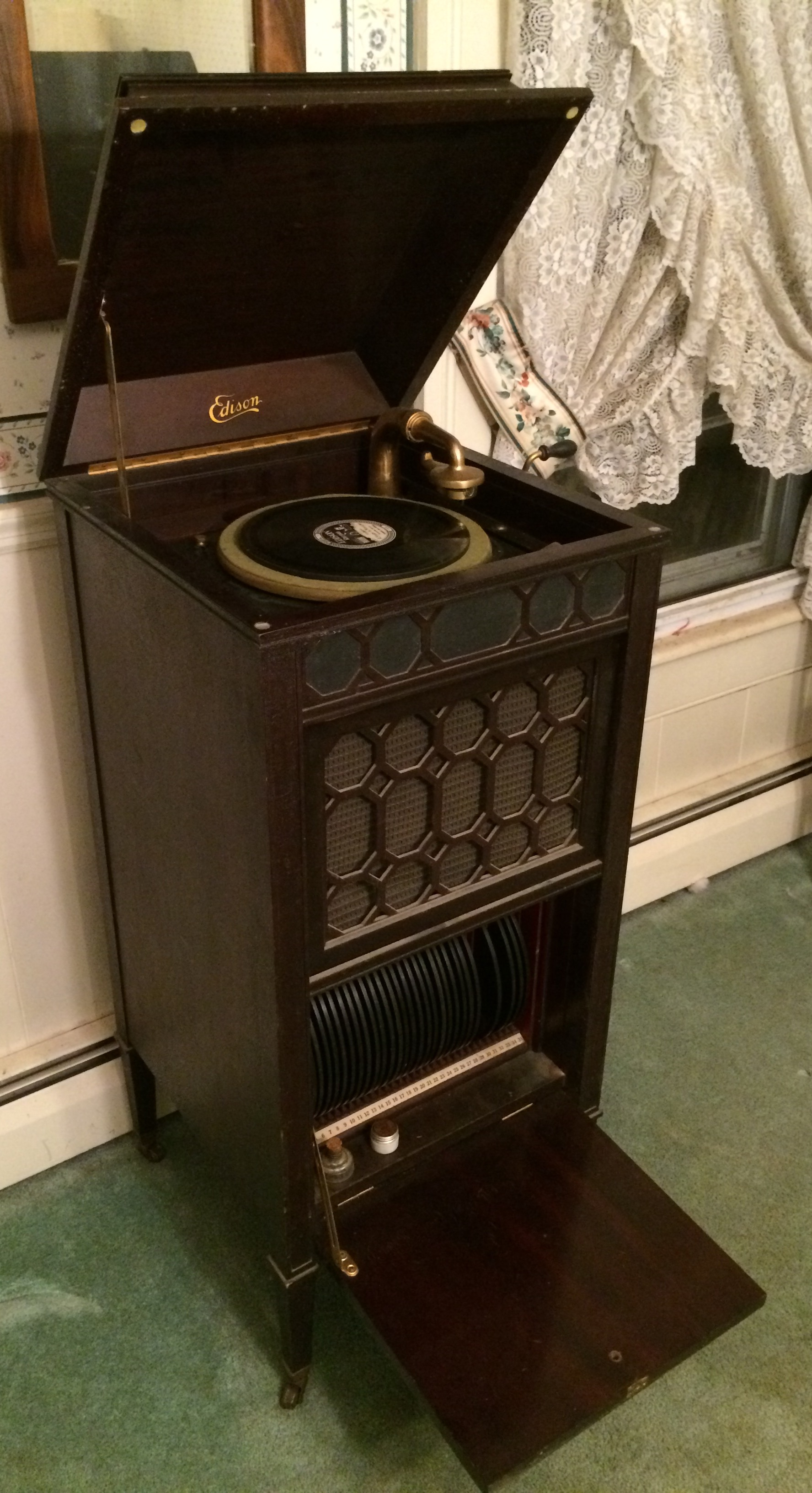 "from Stephen: Edison Disc Phonograph, 1916. ""Great for when the electricity goes out. Light the oil lamps, candles and crank up the music."""